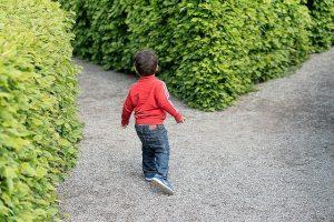 child in maze perth copywriting services