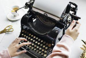 black typewriter copywriting